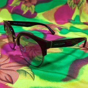 Marc Jacobs burgundy shades